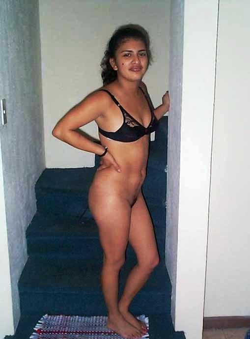 Desi nude girl pub