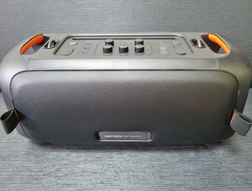 JBL PartyBox On-the-Go Back