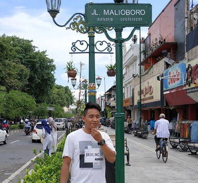 Paket Tour Kediri Jogja (Jl. Malioboro)