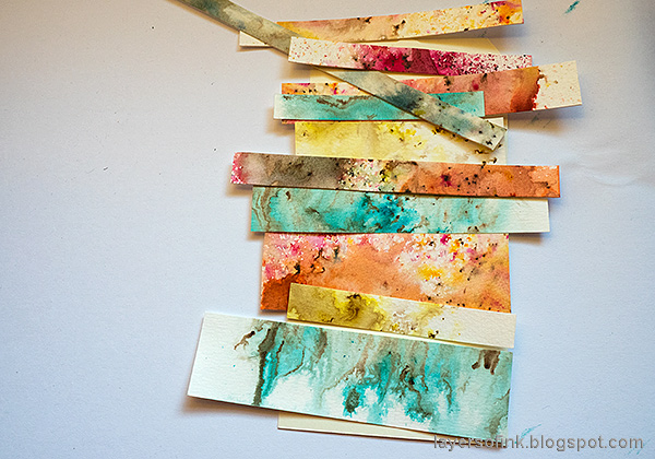 Layers of ink - Nautical Tag Tutorial by Anna-Karin Evaldsson. Background from paper scraps.