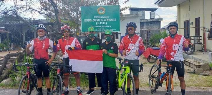 Gowes MERAH PUTIH MGS Sampit Road to Palangkaraya