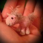 http://www.ravelry.com/patterns/library/pferd---einhorn---horse---unicorn