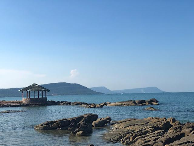 Mui Hang beach.