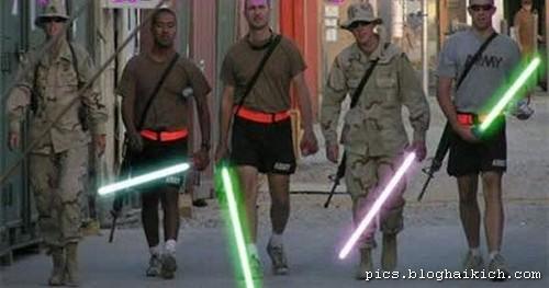 Hình ảnh hài hước trong quân đội