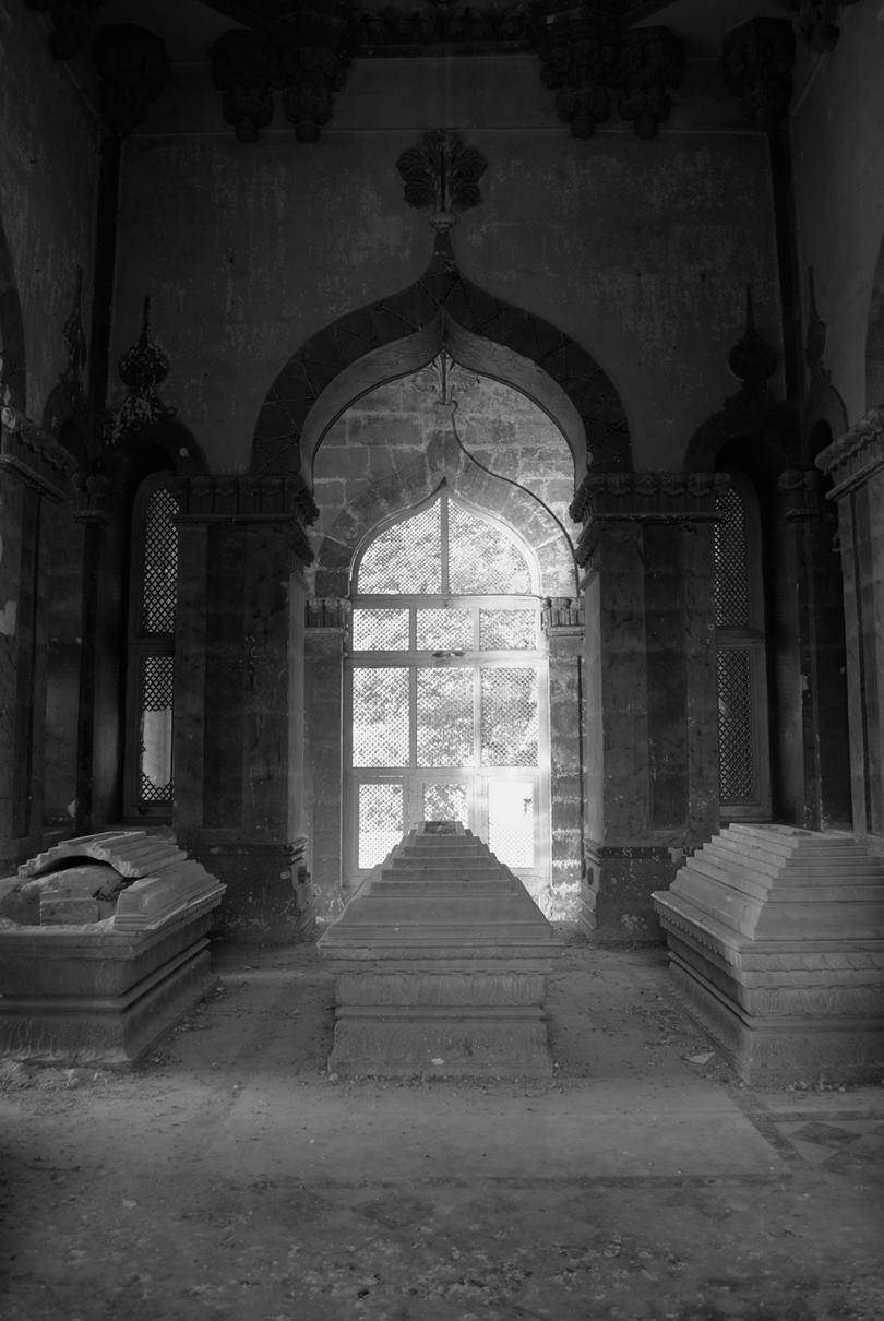 mahabat maqbara, tomb of bahauddin vazir, bahauddin junagadh history, maqbara, bahauddin junagadh history, junagadh, mahabat khan ii, tomb of bahauddin vazir, tomb of bahar-ud-din bhar, Mausoleum of Bahaduddinbhai Hasainbhai,