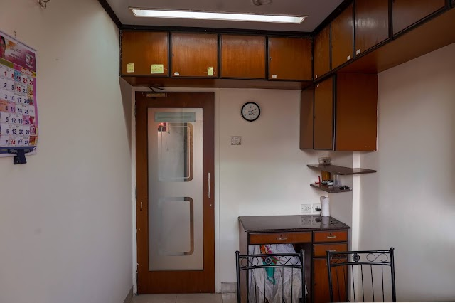 Commercial Properties for Rent in Mumbai (Bandra west)
