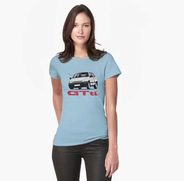 Daihatsu Charade GTti with t-shirt