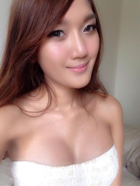 Small asian women huge dick
