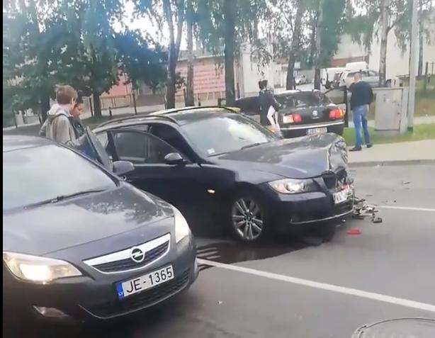 Trīs vieglo automašīnu sadursme Lāčplēša ielā Rīgā
