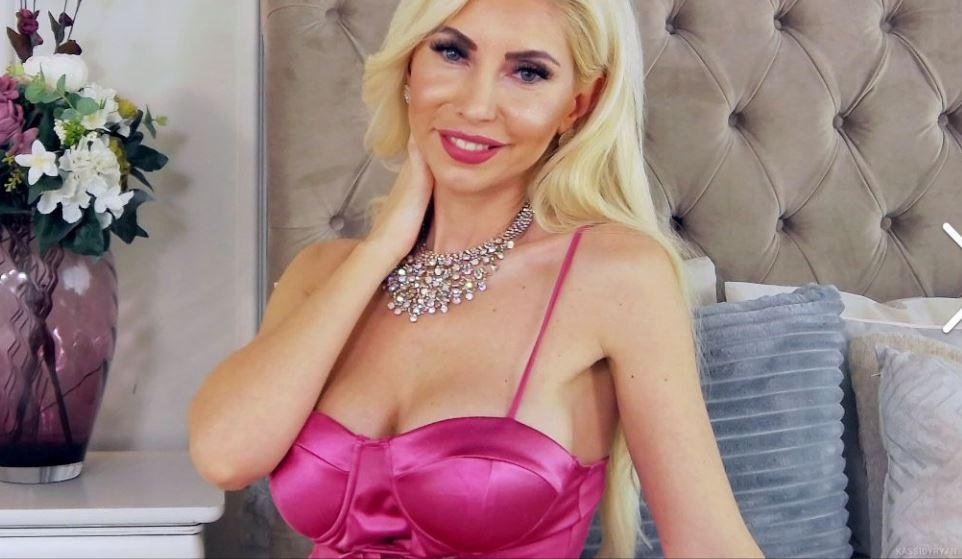 KassidyRyan Model GlamourCams