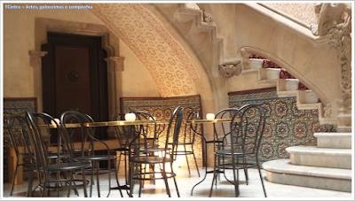 Barcelona; Conhecendo a Europa; sem guia; turismo na espanha; Passeig de Gràcia; Casa Amatller.