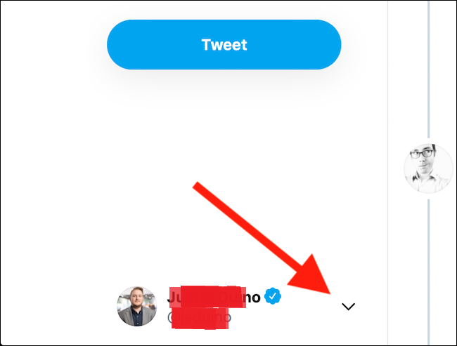 انقر فوق رمز السهم المجاور لصورة Twitter في الزاوية السفلية اليسرى