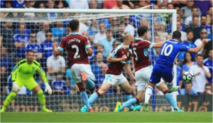 Burnley storms stamford bridge as chelsea begins title defense