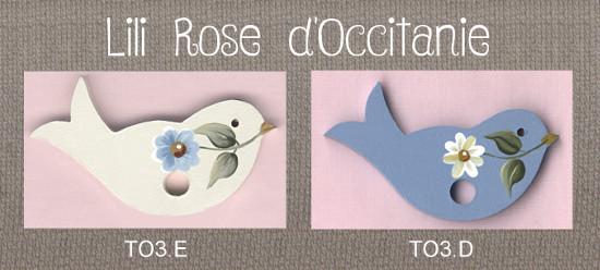 Tri-fils bois peint oiseau blanc ou bleu + marguerite. Broderie et point de croix