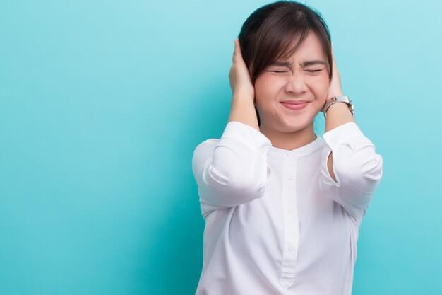 4-tanda-bahwa-anda-pesimis-dan-perlu-mengalihkan-pandangan-dari-semua-hal-negatif