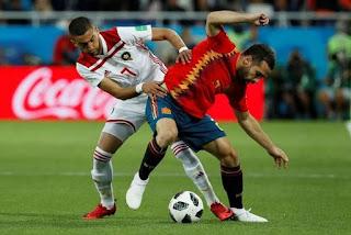Espanha só empata com Marrocos, mas avança na ponta do grupo e pegará a Rússia