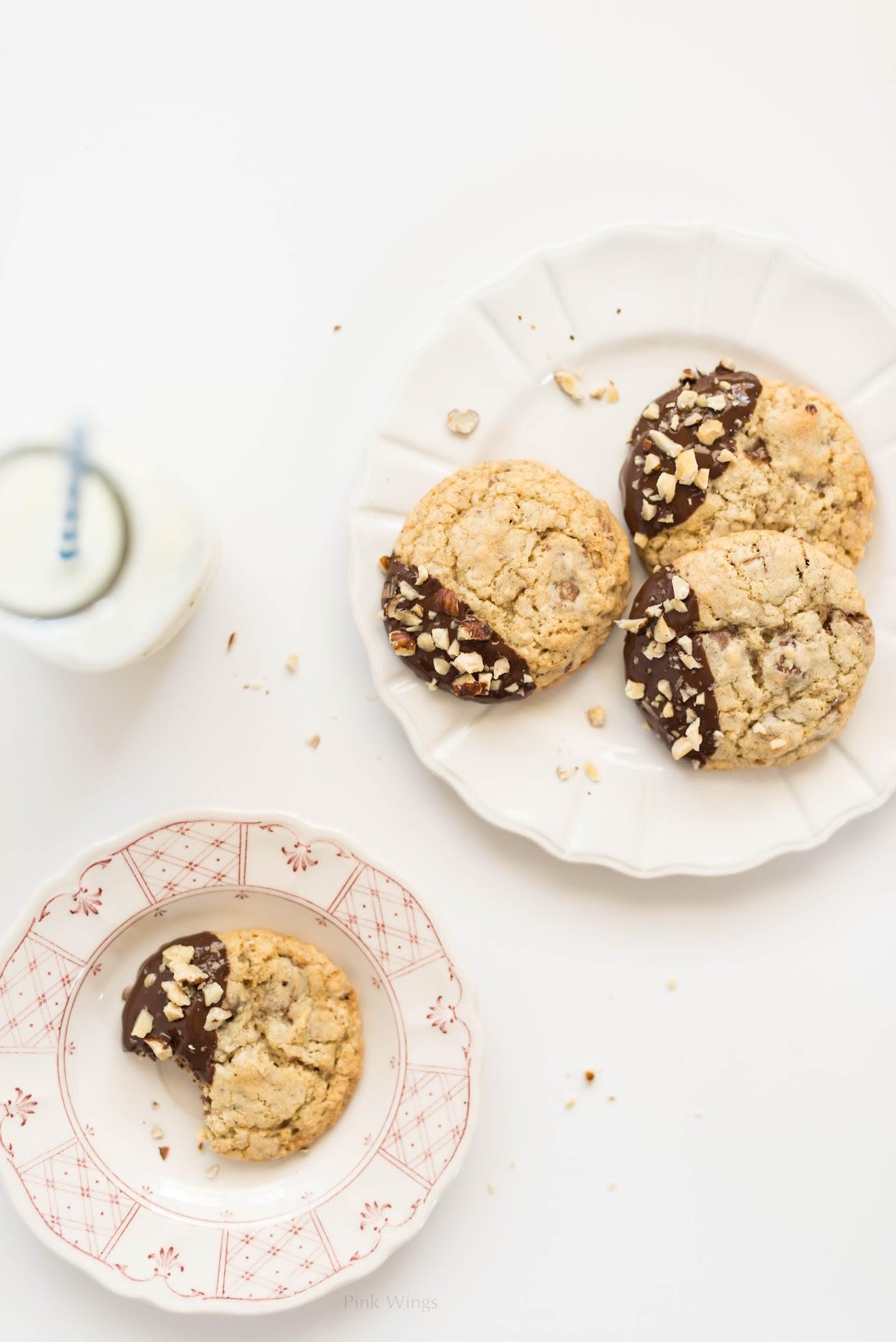 dipped cookies, recipe, dark chocolate, toffee, hazelnuts