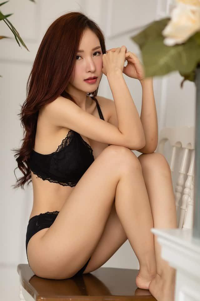 Gái xinh Hàn Quốc mặc bikini