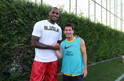 Greeting of the kings! LeBron James meets Lionel Messi
