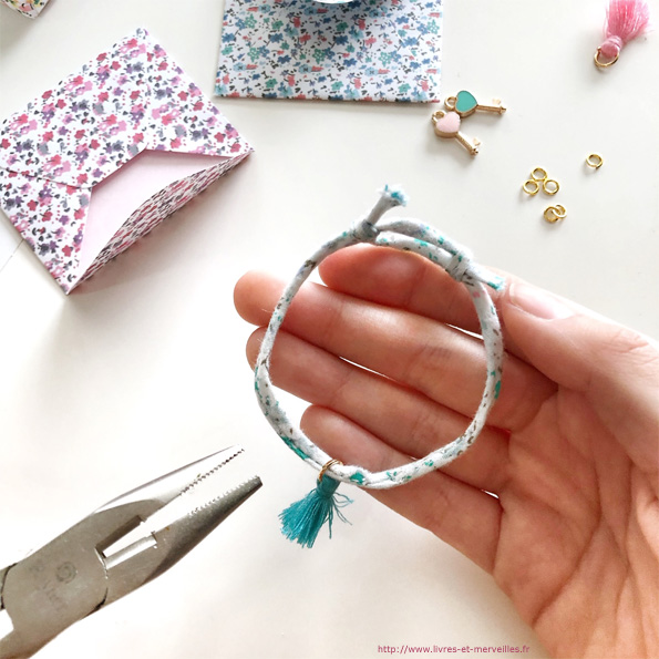 Mes bracelets d'amitié en liberty - Auzou