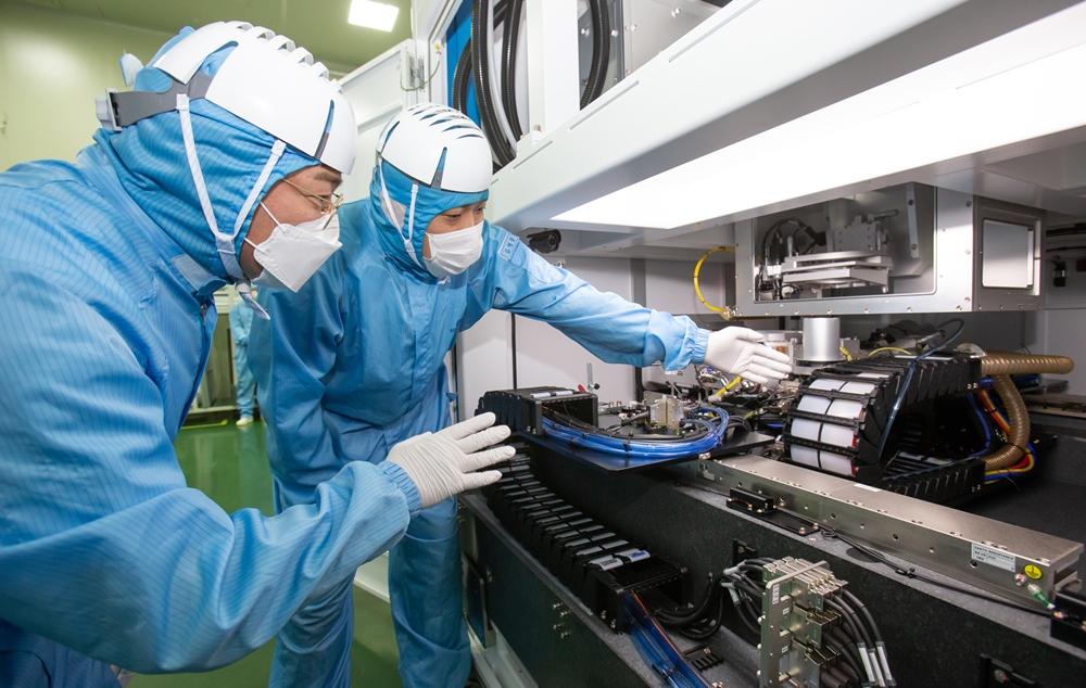 삼성전자, 협력사-산학-친환경 상생활동 통해 'K칩 시대' 연다