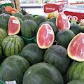 Cara Memilih Semangka Merah Dan Manis 100% PUAS!