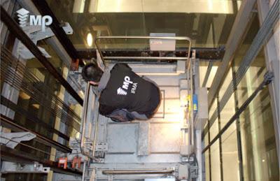 întreținere de lifturi
