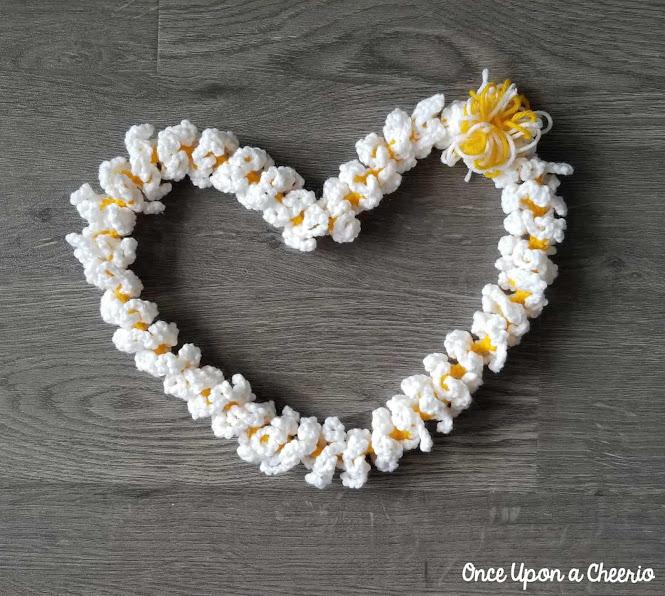 Hawaiian Plumeria Lei Free Crochet Pattern