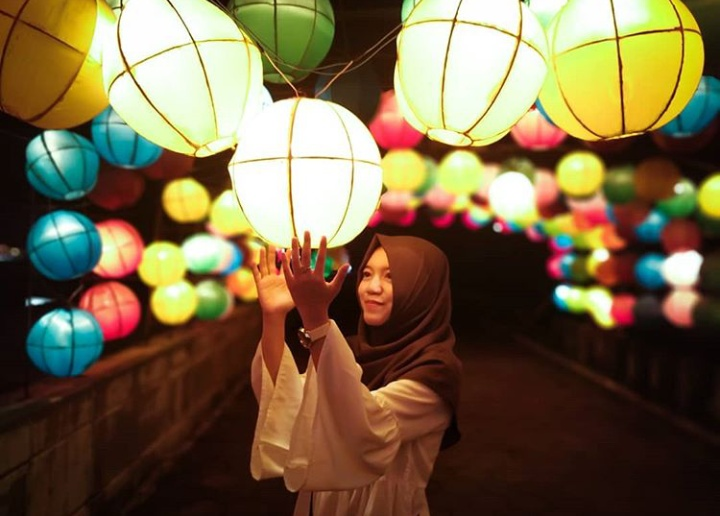 Gambar Taman Pelangi Sleman Yogyakarta Indahnya Malam Hari