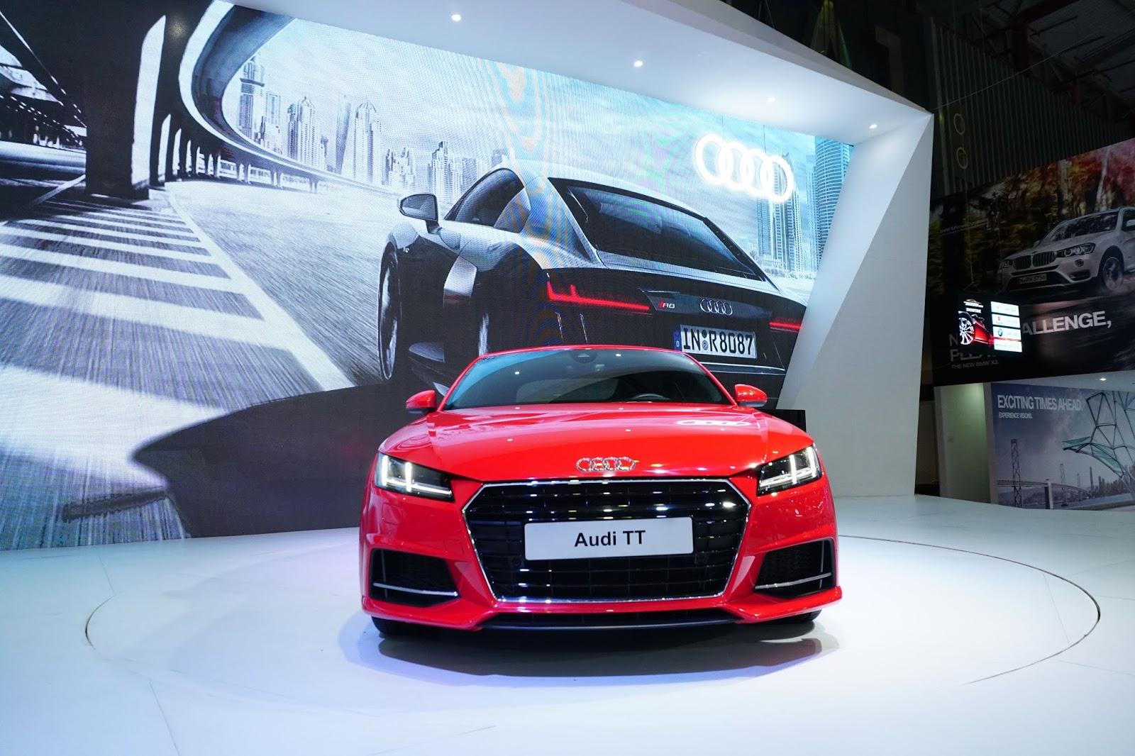 Đầu xe đậm chất và không khác nhiều các mẫu sedan khác của Audi