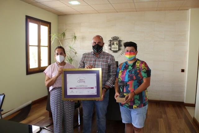 Cabildo de Fuerteventura  felicita a Vahitiare Santana Chacón, premiada en 'Joven Canarias' 2021