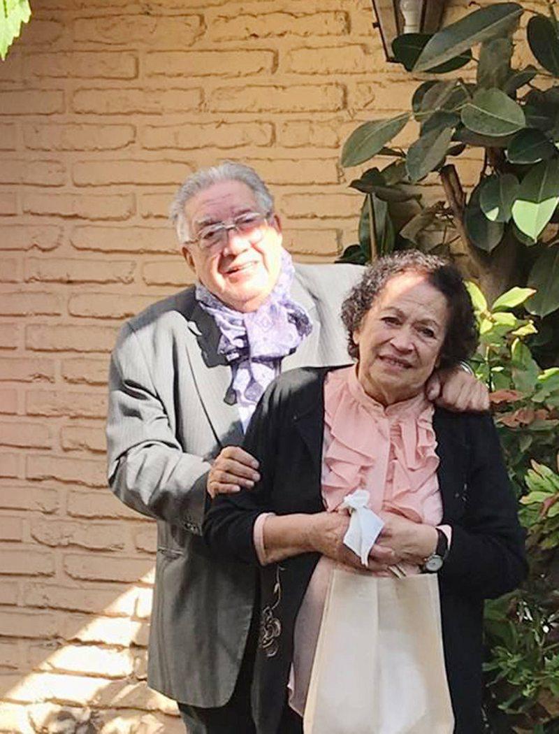 Valentín Trujillo cumplió 87 años y sus hijos y nietos lo festejaron desde la calle