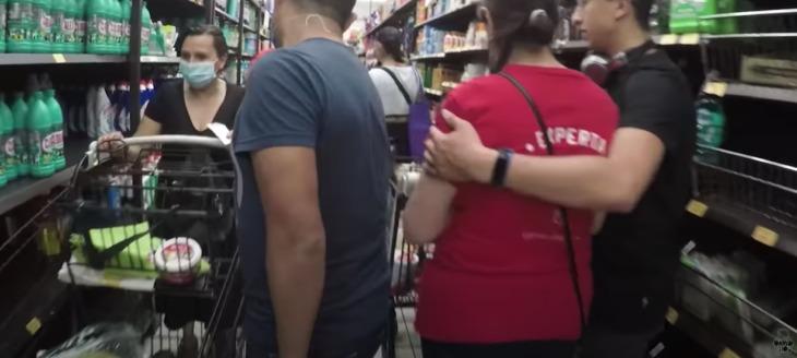 Youtuber con coronavirus desobedece la cuarentena y sale a la calle a grabar un video