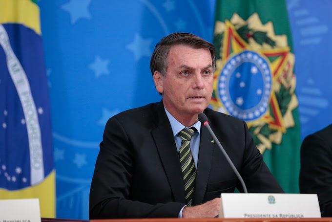 Bolsonaro revoga artigo da MP que previa suspensão de trabalho por 4 meses