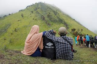 Barang - Barang yang  wajib di bawa saat mendaki Gunung