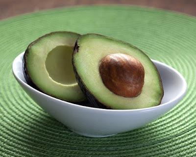 Manfaat buah alpukat