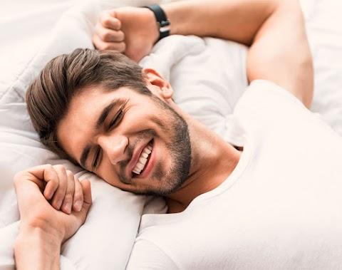 Tips Membiasakan Bangun Subuh Saat Libur dan di Rumah Aja