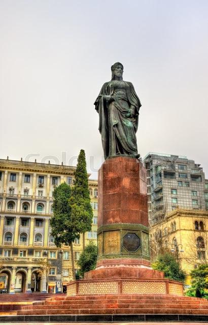 - https://www.colourbox.com/image/statue-of-nizami-ganjavi-in-baku-image-17959337