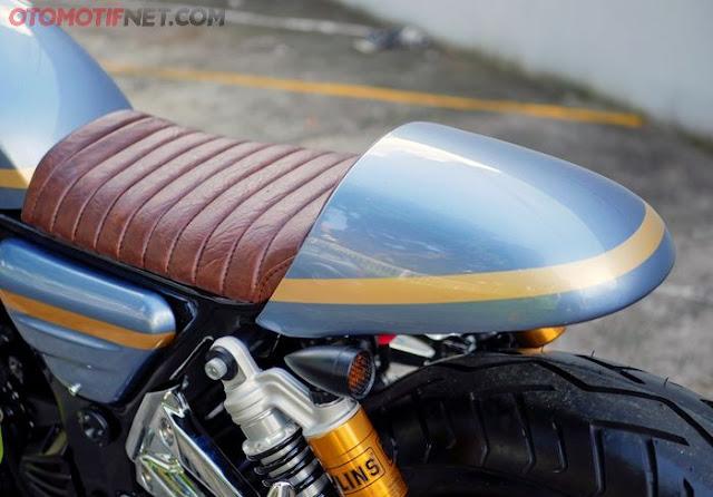 Gambar Mdifikasi Ninja 250 R Cafe Racer dari otomotifnet.com