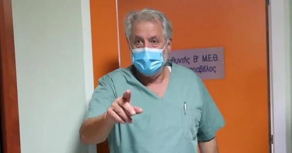 Καπραβέλος: «Οι γιατροί που εγείρουν επιστημονικές αντιρρήσεις για τα εμβόλια αποτελούν δημόσιο κίνδυνο»