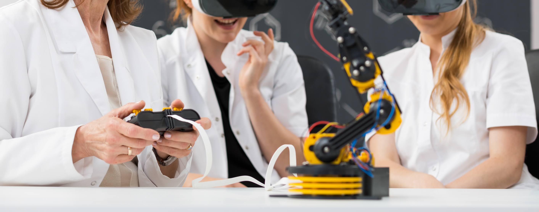 جامعة التقنية والعلوم التطبيقية تشارك في مسابقة الذكاء الاصطناعي والملكية الفكرية