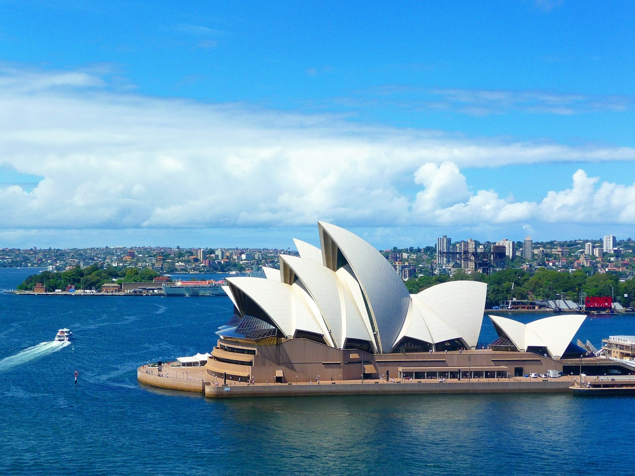 Is it Time to Emigrate? - Moving to Sydney, Australia