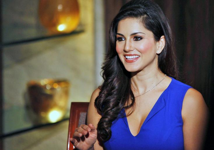 Sunny Leone Facts- Childhood Stories- Age, Famous Celebrity ...
