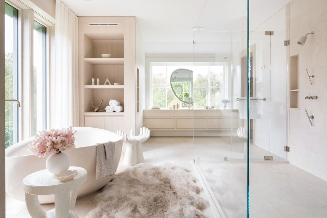 Dreamy & Feminine Bathrooms