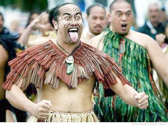 Kabilar Maori: Masu Bayar Da Sadakin Aure Da Fatun Karnuka