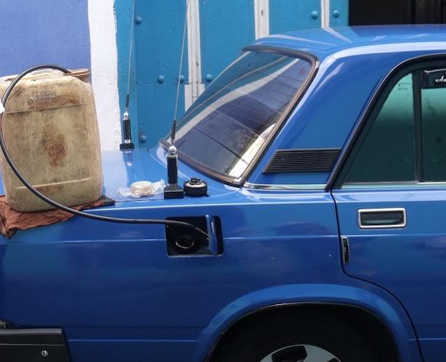 menghidupkan Mobil INJEKSI kehabisan BENSIN