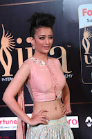 Akshara Haasan in Peachy Crop Top Choli Skirt at IIFA Utsavam Awards 32.JPG