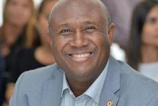 Ex-Olodum, cantor gospel Irmão Lázaro é internado em UTI com Covid-19