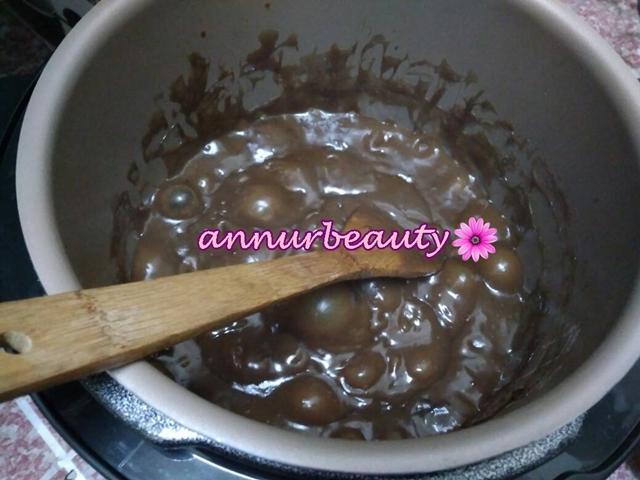 Dodol Pressure Cooker :  Sedang di masak ....!