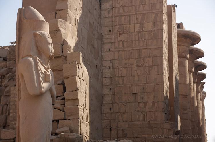 Изображение на стенах храма в Луксоре. Рисунки все еще можно рассмотреть